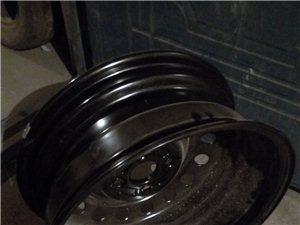 本人出售花冠原车轮毂,及旧轮胎