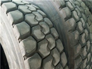工程輪胎低價出售