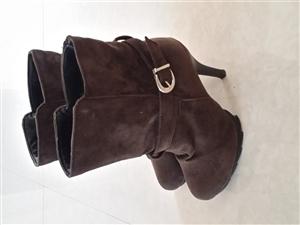 高跟冬季短靴