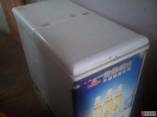威尼斯人注册8成新冰柜.冰粥展示柜.碎冰机.电炸锅.烧饼炉