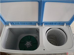 出售小天鹅8公斤双缸洗衣机9成新