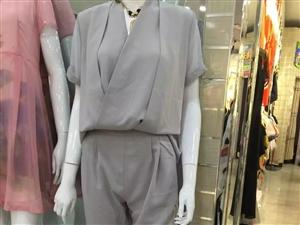 全新带吊牌修身显瘦气质连衣款灰色