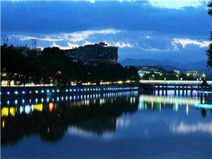 寻乌夜景――龙湾沿河