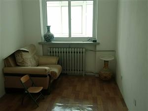 金桔園3室2廳1衛47萬元