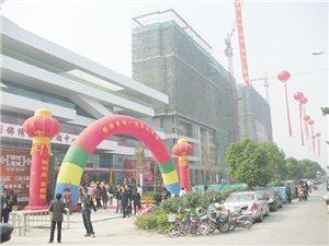 空飘气球、爆破氢气球、拱门、双层落地球一手低价租赁