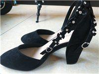 全新女鞋37码25元一双背包全新28一个包邮