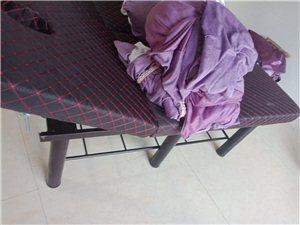转让柜子美容床桌子被子验钞机 一系列设备 价格面谈 交易地方美高梅国际 绝对实惠 几乎全新