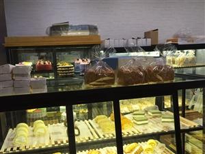 蛋糕店全部�O�淙�新 只用了 一��月