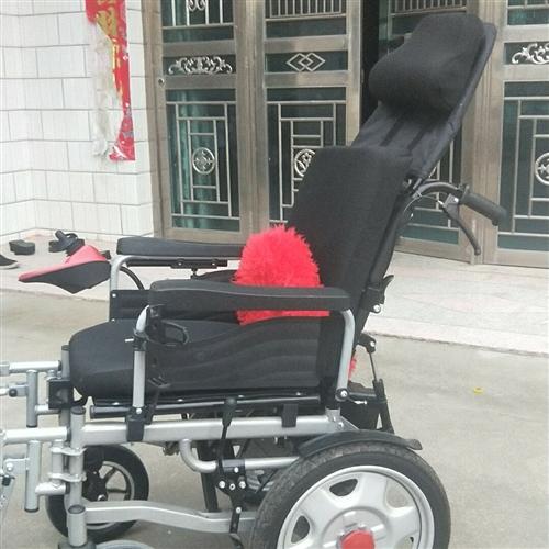 奔瑞电动轮椅,可平躺,九五成新,现转让给需要的人,去年年底买的2650元,现转让1600元!电话18...