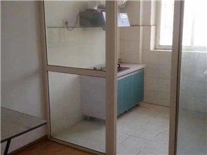 西桃园3室 2厅 2卫80万元