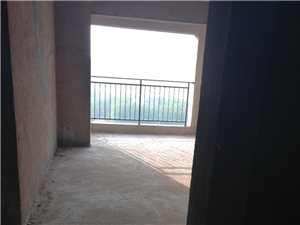 锦绣江南小区(七一路)3室 2厅 2卫63万元