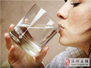 清晨第一杯水应该怎样喝 早上空腹喝水的五大好处