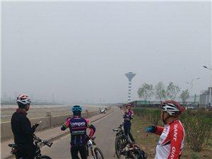 新安县捷安特骑行图片