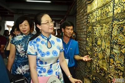 """第十一个中国文化遗产活动日;""""崖州藏美""""亮相海口骑楼老街"""