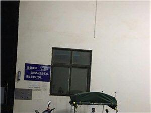 举报:平顶山郏县温哥华城小区人神共愤的不良物业