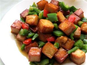 彩椒鱼豆腐