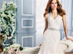 令人赞叹的浪漫迷人和光彩夺目的新娘