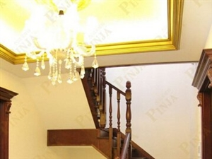 别墅家用楼梯 别墅实木门 原木门 整木家装客户案例欣赏