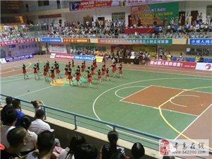 寻乌县第四届五人制足球联赛开幕啦!红缨队VS留车队