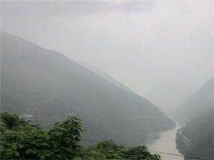 汉中全境大到暴雨洋县溢水河低洼群众避险撤离