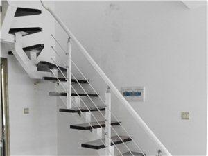 直梯、旋轉樓梯