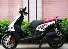 上班代步,非常实用,非常节油,原装原版,雅马哈踏板摩托车真心