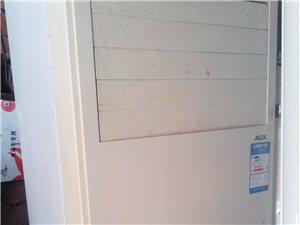 明达专业空调冰箱洗衣机维修空调移机,出售二手空调