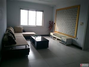 民生小区,家具齐全、精装修,紧邻六小,靠近天香公园