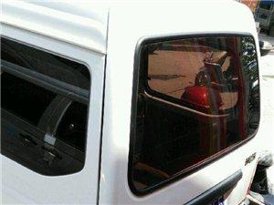 五菱五菱之光 2010款 1.0L 手动 8座新版实用型短车