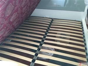 低价出售双人大床