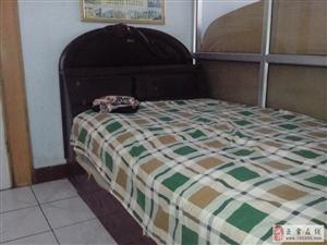 出售二手实木单人床