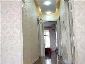 宏泰高层2室2厅1卫119平110万元