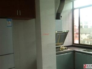 【推荐】中医院附近2室2厅2卫1300元/月