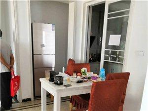 丽阳豪苑四室两厅四个空调2000元/月