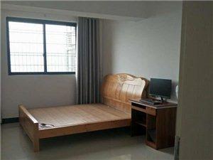 陆川龙腾中浩国际4室2厅2卫2500元/月抄底价