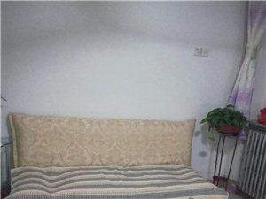 采一小区2室1厅1卫1000元/月