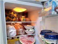 出售95新双门冰箱,适合出租房