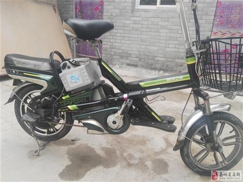 因本人回家出售自己的小鸟男士电动车,电池车况很好,一口价650有需要的速速