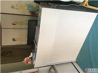 展柜,长椅,吧台,屏风,推拿床9.9成新
