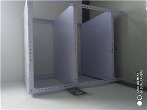 有一個剛買的展示柜1.00*0.68*1.23米,冷藏保鮮三層,還有貨架子三個,一個0.7*0.8*...