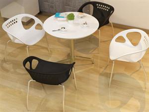 簡約方便型椅子