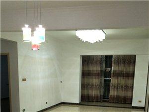 遠大廣場二期2室2廳1衛1500元/月