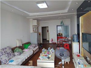 恒宇尊城(恒宇尊城)3室 2厅 1卫1600元/月