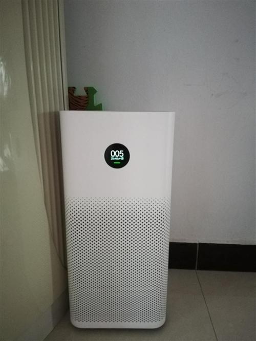 小米空气净化器2s  原厂滤芯,18年6月京东899购入。除烟,除尘,过滤,360°进风,夜间模式很...