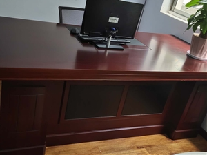 1米×2米的�k公桌一�_  �湫沦I�硪��月  �]用�^  太占地方 低�r出